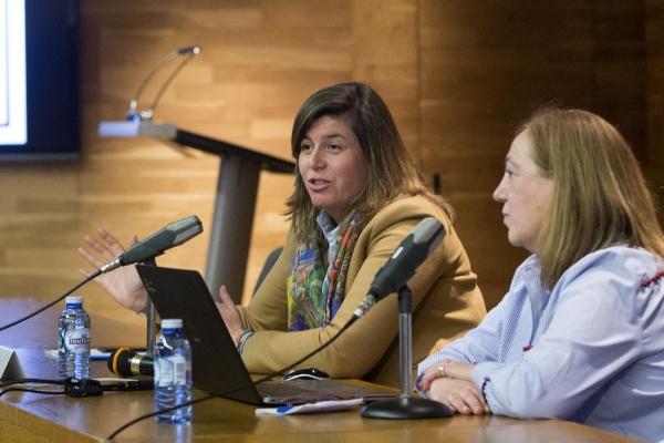 A directora xeral de Xuventude, Participación e Voluntariado, Cecilia Vázquez, acudiu a unha xornada cos participantes de Galeuropa