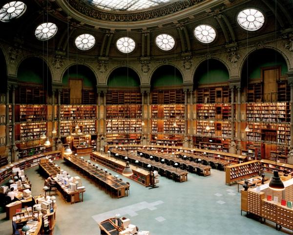 Bolsas na Biblioteca Nacional de España