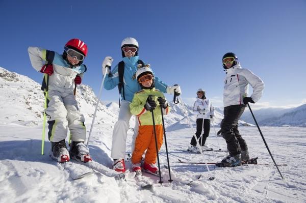 Axudas a familias numerosas para estadías de fin de semana nas estacións de montaña