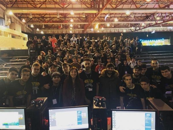 O equipo 'Login Gaming Bar' de Vigo gaña o primeiro torneo 'League of Legends' promovido por Xuventude