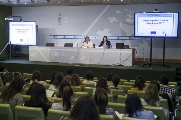 A Xunta pon en marcha unha nova edición de Galeuropa cunha xuntanza cos mozos e mozas beneficiarios das axudas individuais