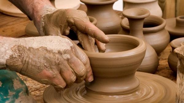 Formación de aprendices en obradoiros artesáns