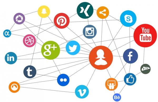 """Encontro sectorial no Espazo Xove de Chantada: """"A era da comunicación dixital: redes sociais e emprendemento"""""""